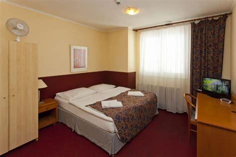 tva chambre d hotel hotelov 253 pokoj a plus hostel hotel