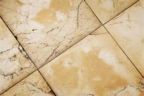 Removing Ceramic Floor Tile Removing Ceramic Floor Tile How To Remove Marble Floor Tile Without Breaking Thefloors Co