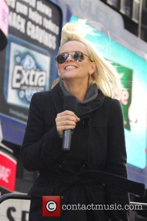 what hair products does jenny mccarthy use jenny mccarthy hair products jenny mccarthy launches the