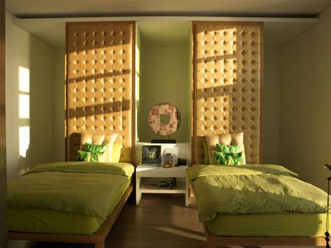Green Themed Bedroom by Relaxing Lime Green Themed Bedroom Decorating Ideas With