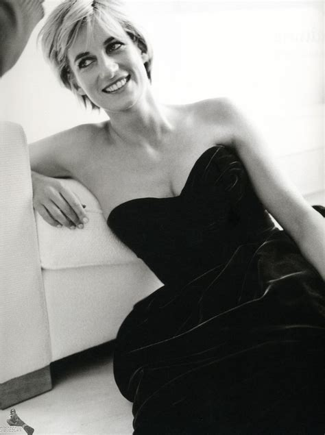 Sr261 1615 Princess Top 17 best images about diana 1997 photo session mario testino on diana diana and