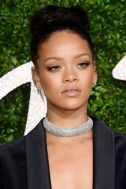 rihanna hairstyle ideas thehairstyler com 1000 ideas about rihanna makeup on pinterest makeup