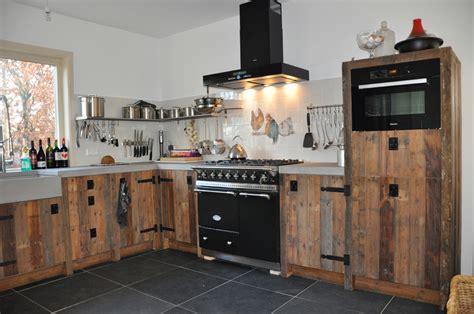 landelijke badkamermeubel tweedehands sfeervolle keukens van sloophout nieuws startpagina voor
