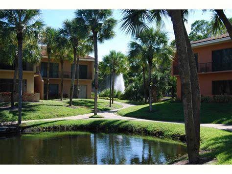 Executive Apartments In Miami Lakes 7501 Miami Lakes Dr Miami Lakes Fl Walk Score