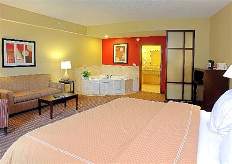 comfort suites west of the ashley reviews comfort suites west of the ashley 94 1 0 9 2018