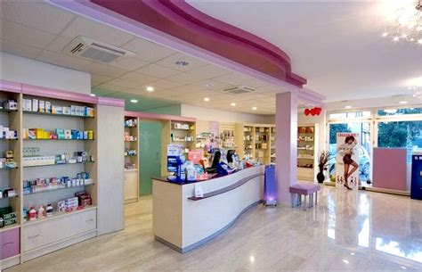 arredamento parafarmacia usato parafarmacia arredo negozi scaffalature celiachia farmacie
