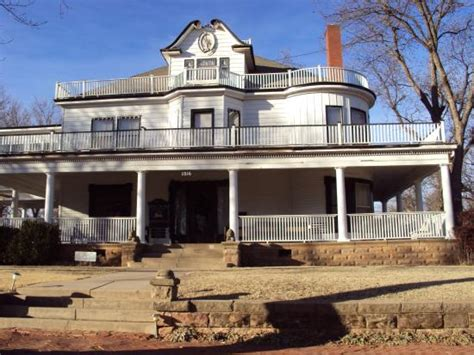 bed and breakfast guthrie ok the stone lion inn guthrie ok updated 2016 reviews