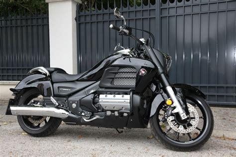 Honda 6 Zylinder Motorrad Chopper by Honda Goldwing F6c Test 2015 Motorrad Fotos Motorrad Bilder