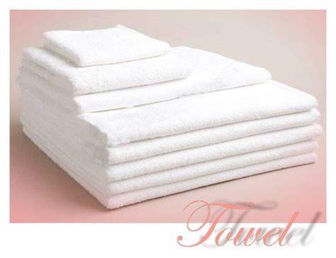 Handuk Towel Paket Isi 3 Handuk Towel One 10355 70 X 135 jual towel harga murah yogyakarta oleh cv melati