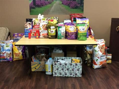 Highland Il Food Pantry by Veterinary Specialty Center Hosts 5th Annual Pet