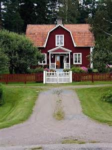 Paint Colors For Homes Interior House Paint Would Be A Red House Facade Something For