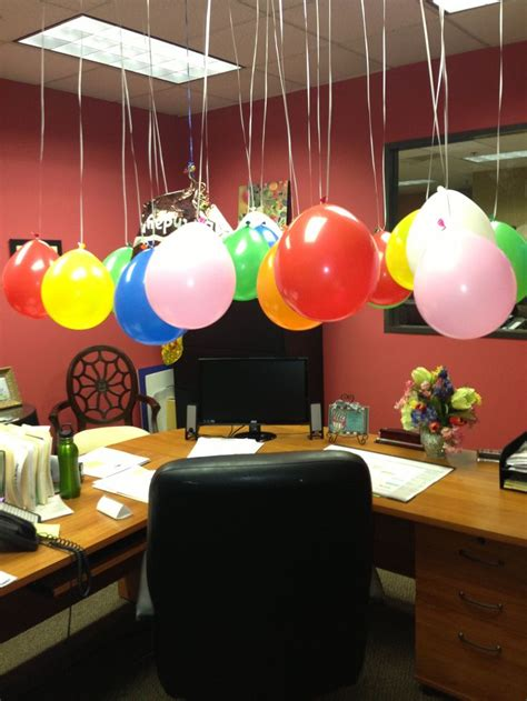 ideas  decorate office desk  birthday office party