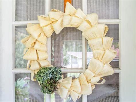 corn husk wreath hgtv