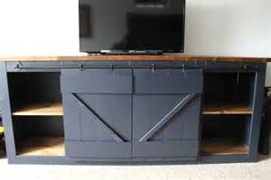 Barn Door Tv Stand Diy Diy Barn Door Hardware