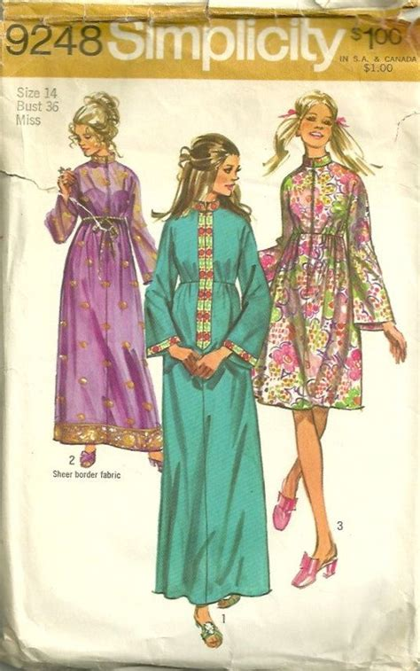 sewing pattern zip front robe simplicity 9248 1970s misses zip front hostess robe