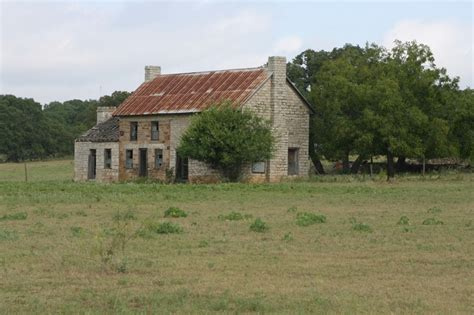 35 unique texas farmhouse homes 35 unique texas farmhouse homes