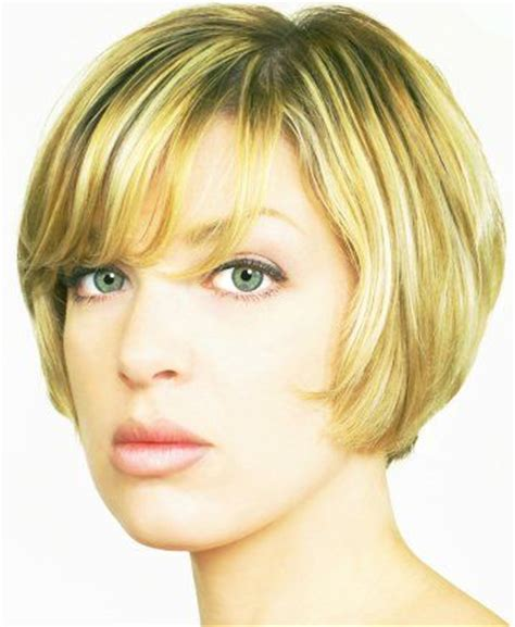 hair style and gap between chin and ear lobe 10 images about chin length bob hairstyles on pinterest