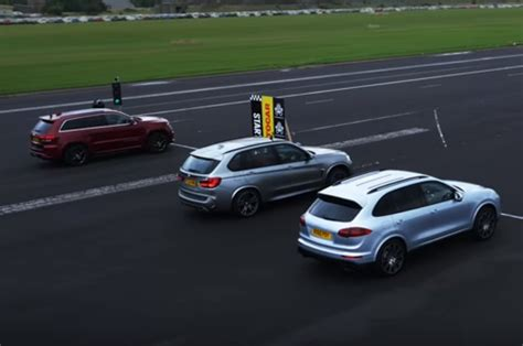 Porsche Jeep Porsche Cayenne Turbo Vs Jeep Srt Autos Post