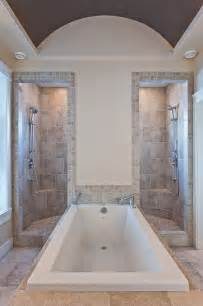 Big Bathtubs With Showers by Best 25 Custom Shower Ideas On Master Shower