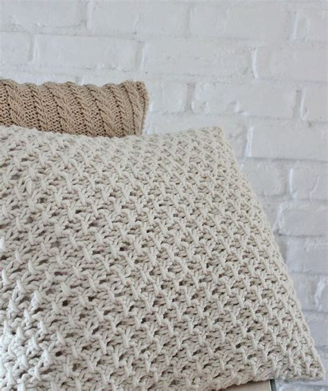 Knit Pillow Pattern by Knitting Pillow Cover Pattern Yarnage