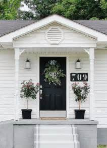 ideas front: black and white color theme works for tiny font porches well