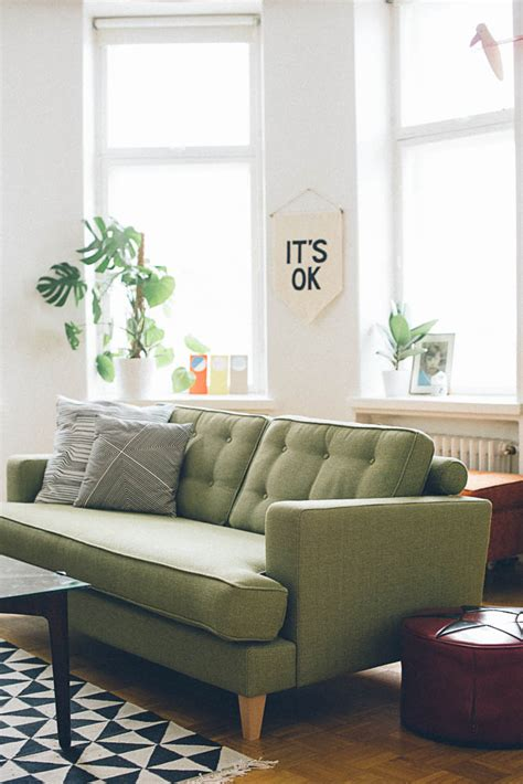 green sofas living rooms roundup 5 amazing mid century living room ideas