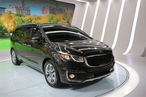 Used Kia Sedona 2015 2014 Nyias 2015 Kia Sedona Is Not The It Used To Be