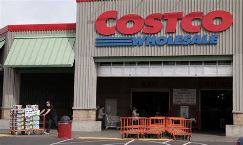 50 top retailers in the u s include wal mart costco