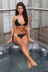Club Foot Bathtub Towie S Lucy Mecklenburgh Has A Swimwear Line You Can