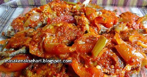 resep ikan kembung goreng bumbu balado pedas