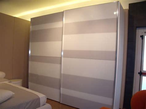 armadio anta scorrevole armadio misuraemme segmenta new moderno vetro ante