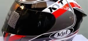 Helm Merk Cargloss Penggunaan Helm Bagi Pengemudi Motor Sekadar Tren Atau
