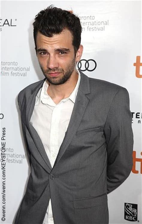 movie actor jay baruchel canadian actor jay baruchel stars in the heist comedy