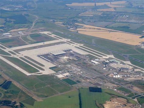 berlin airport berlin brandenburg airport