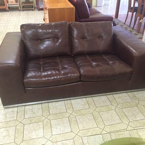 divani in cuoio prezzi divano marzi in pelle cuoio sottocosto divani a prezzi