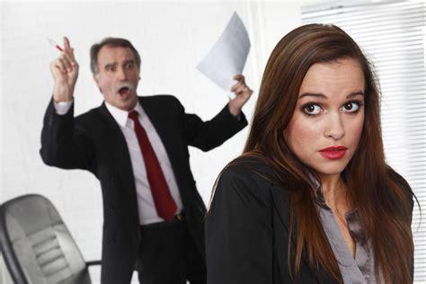 Atasan Lovin 8 hal yang sebaiknya tidak diungkapkan dalam pekerjaan