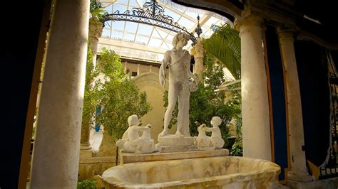 Vizcaya Museum And Gardens by Vizcaya Museum And Gardens In Miami United States Of
