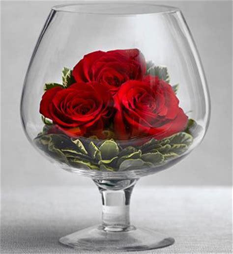 Oversized Wine Glass Vase Best 25 Rose Arrangements Ideas On Pinterest Rose