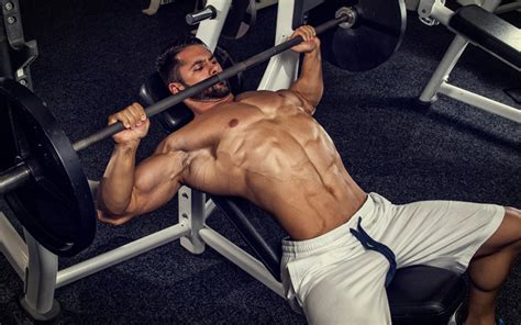 insane bench press a bigger bench press chest using only 135 pounds really muscle strength