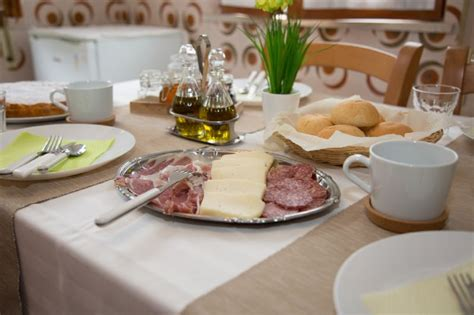 illinois bed and breakfast bed and breakfast il gruccione sant omero teramo