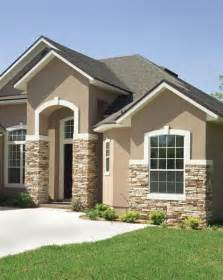 stucco house colors 25 best ideas about stucco house colors on
