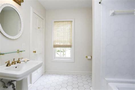 what size tiles for bathroom floor wonderful what size tile for bathroom floor photos