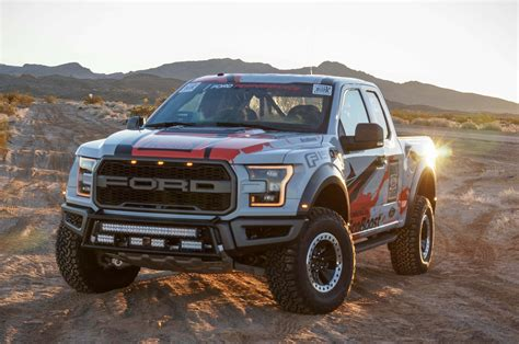 2017 & 2018 Ford Raptor info, pictures, pricing, specs