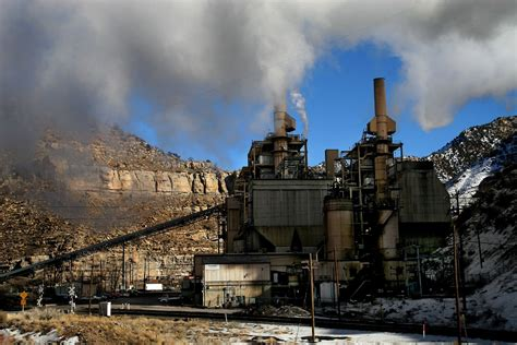 coal burning power plants the bad cop survives court upholds epa greenhouse gas