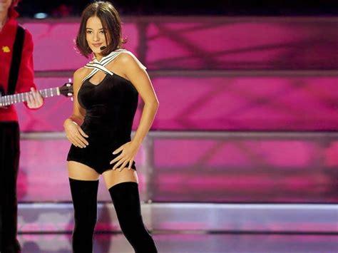 alizee fotos filtradas recuerdas a alizee cantante francesa es hermosa im 225 genes