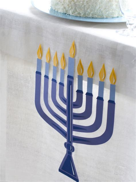 classic and hanukkah decor ideas 78