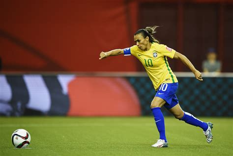 soccer world cup marta scores record 15th world cup goal equalizer
