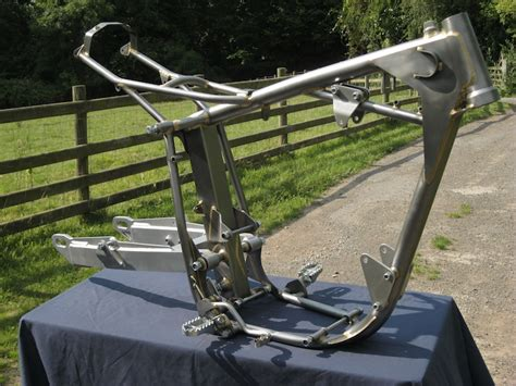 Swing Arm Yamaha Vixion Advance Original mojo motorbikes replica chrome moly frames and accessories