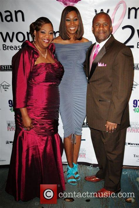 who is yolanda adams new husband yolanda adams divorce husband pictures