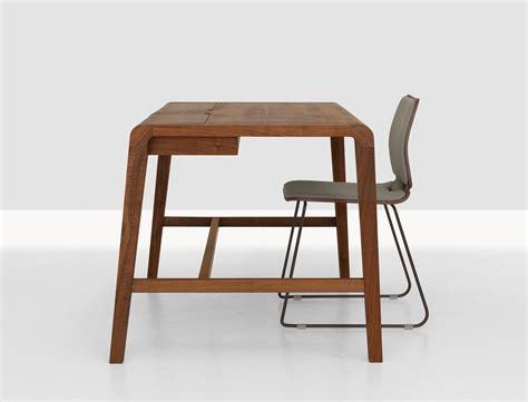 Secret Desk by Secret Desk American Walnut By Zeitraum